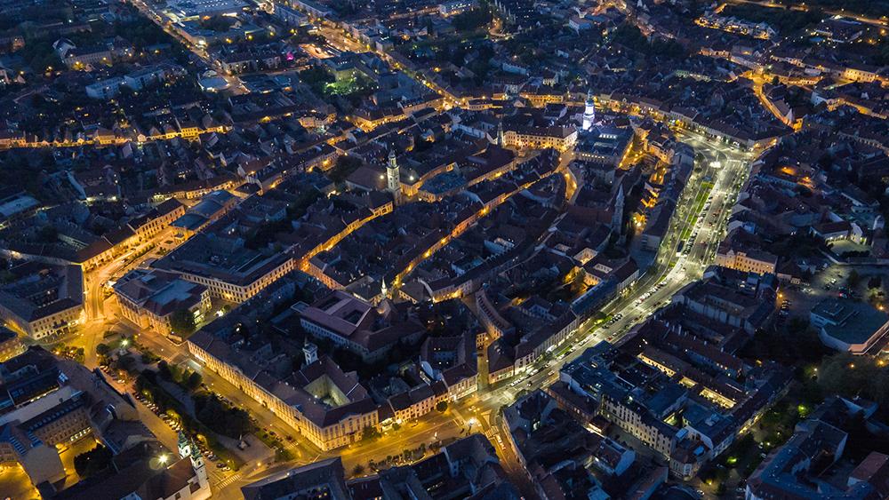 Figura 14. Imagen aérea nocturna del distrito del Castillo.