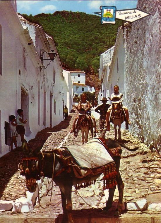 Figura 16. Postal turística de Mijas Pueblo a finales del siglo XX.