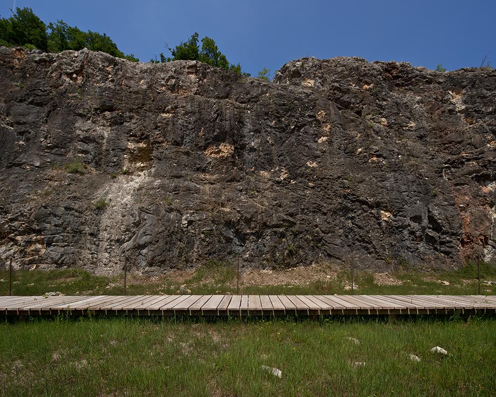 Figuras 16 y 17. Vistas del anfiteatro natural y la pasarela. Fotos: F. Simonetti.