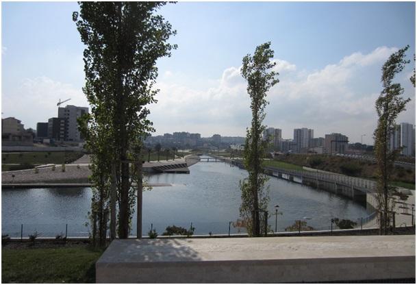Figura 1. El lago, Parque Oeste Val Grade Lisboa, 2011. Foto: Isabel Aguirre.