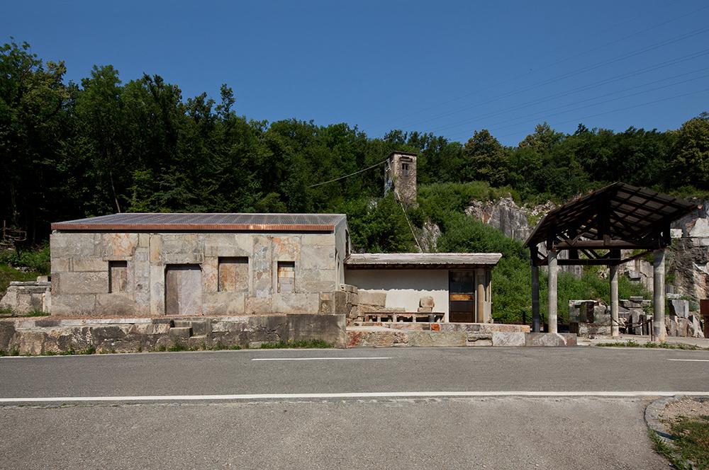Figura 9. Exterior del taller. Foto:  F. Simonetti