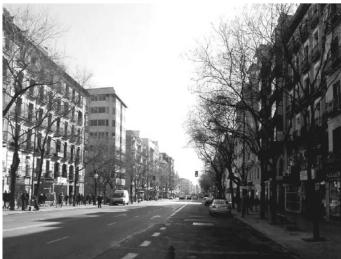 Figura 2.  La transformación de la calle Fuencarral de Madrid, entre las glorietas de Quevedo y Fuencarral (Arquitectos: A. Padilla, E. Espinosa y P. Lamíquiz. Ingeniero: J.A. López)