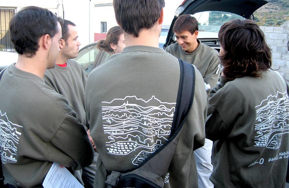 Figura 5. Equipo Escala 2 durante el taller , 2006. Foto: Francisco Leiva