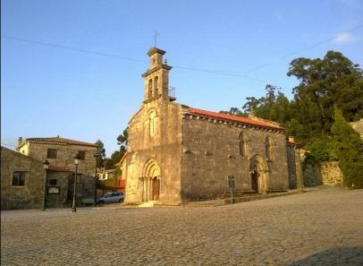 Figura 7. Conjunto Parroquial de Castrelos (Templo, atrio, casa rectoral, casa de obra, crucero y cementerio histórico)