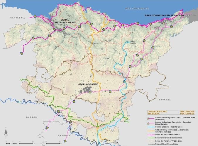 Figuras 7, 8, 9 y 10. De izquierda a derecha, de arriba abajo, Recorridos peatonales, Recorridos ciclables, Mapa de carreteras culminado, Red de ferrocarriles, puertos y aeropuertos.